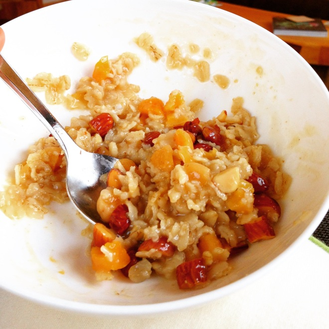 Almond Apricot Oatmeal without a recipe