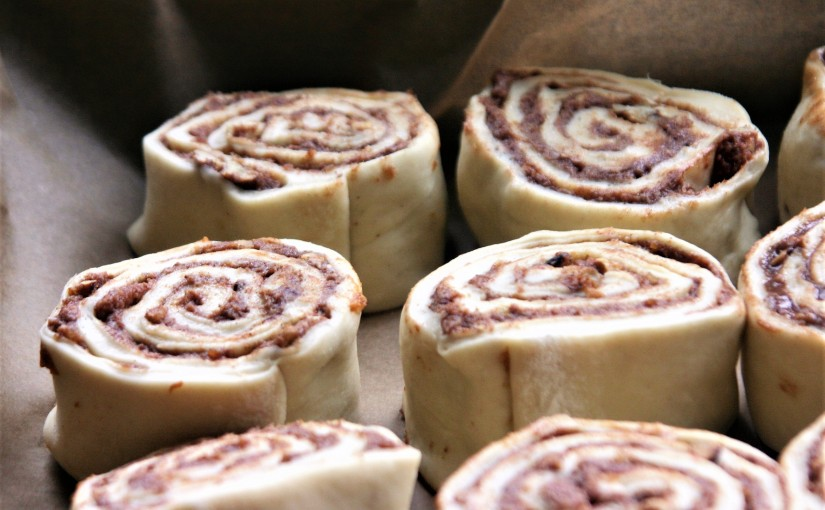 Vegan Cinnamon Rolls for Easter With a Video