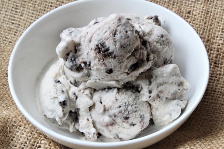 Vegan Mud Pie Ice Cream